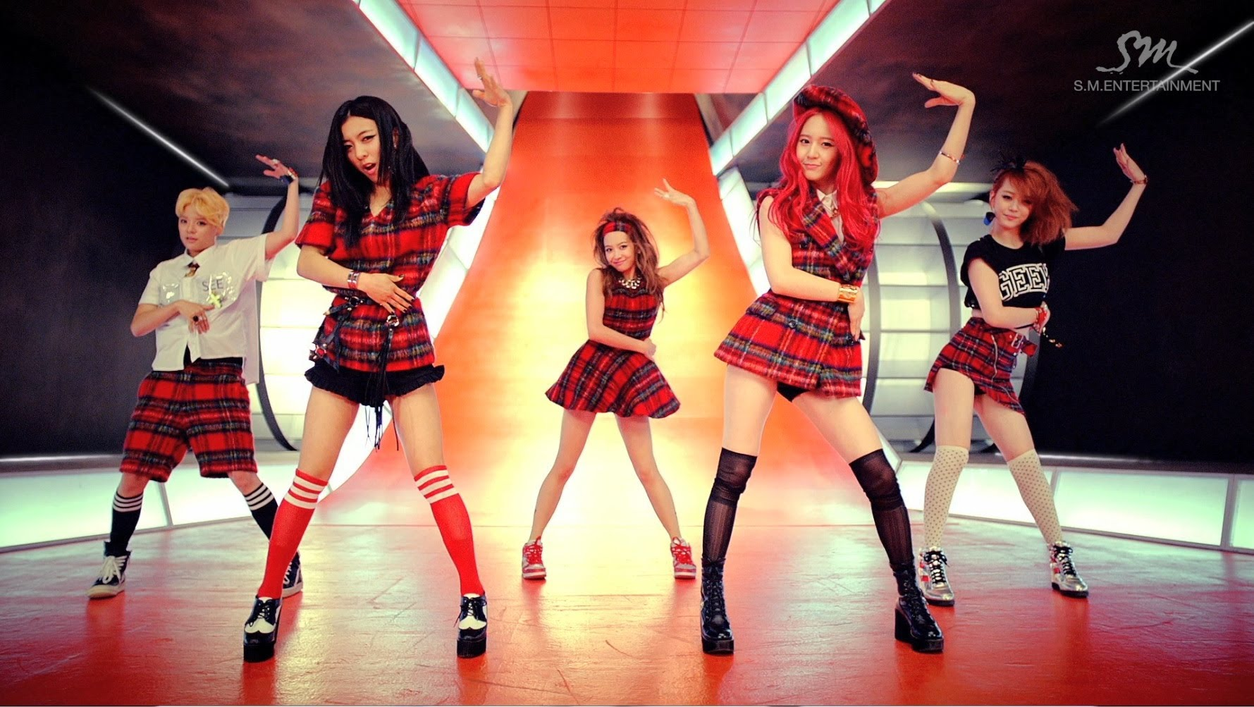 6 Best K-Pop School Uniform Concept Music Videos - KultScene F(x) Amber Rum Pum Pum Pum