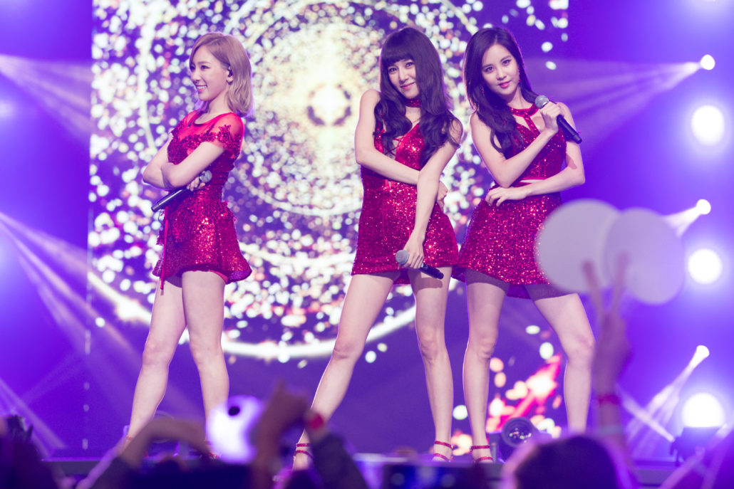 girls generation tts taetiseo snsd kcon 2016 los angeles la 16 m countdown tiffany seohyun taeyeon